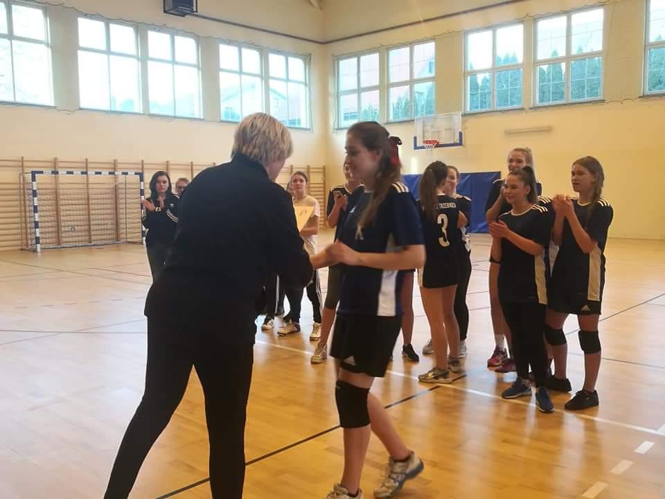 Powiatowe Zawody w Piłkę Siatkową Dziewcząt